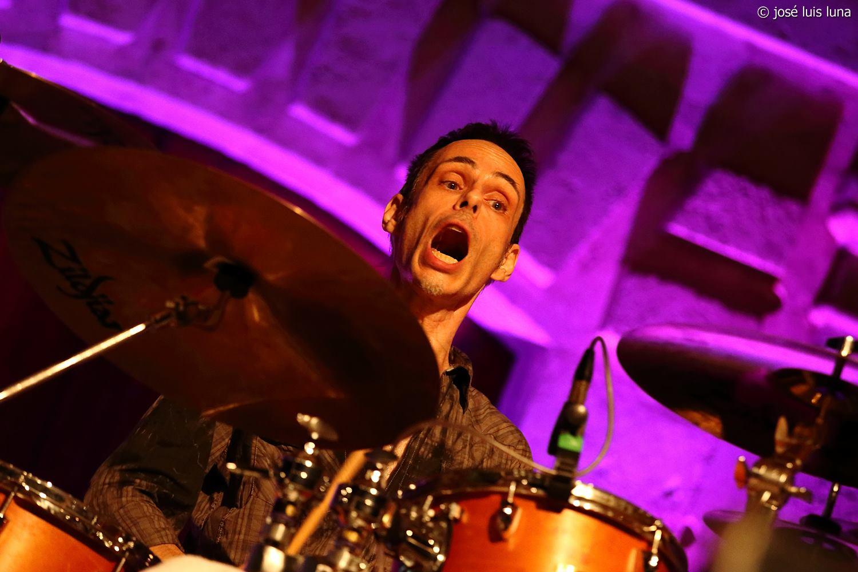 Foto Nicolas Huguenin batería drums Lito Blues Band